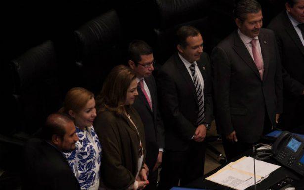 Pleno del Senado avala y toma protesta a nuevos comisionados del INAI