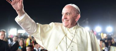 Papa Francisco aviva espíritu latinoamericano en reconocimiento a Boliviano