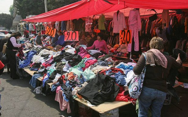 Importación de ropa de paca desgarra  a la industria del vestido