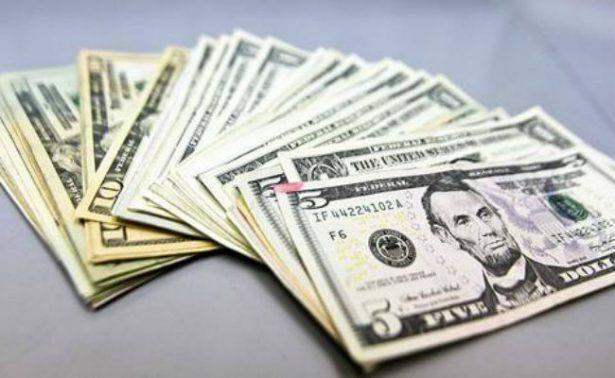 Dólar retoma camino al alza y se ofrece hasta en 18.31 pesos en la Ciudad de México