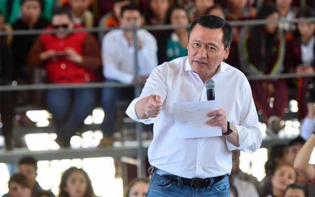 Osorio Chong reprocha el machismo en el que vive México