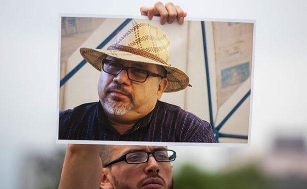 Periodistas recuerdan a Javier Valdez, a un mes de su asesinato