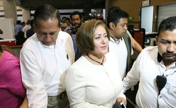 Con 41 votos a favor, diputados aprueban desafuero de Eva Cadena
