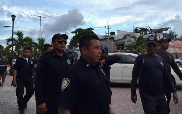 Policías de Tulum continúan en paro laboral; exigen más prestaciones