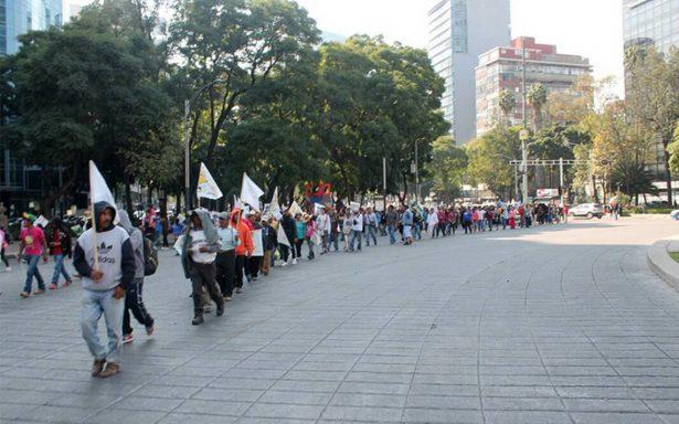 Tres manifestaciones complican circulación en centro y sur de la capital