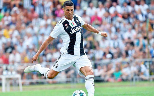 Cristiano Ronaldo se estrenará oficialmente hoy sábado con la Juventus