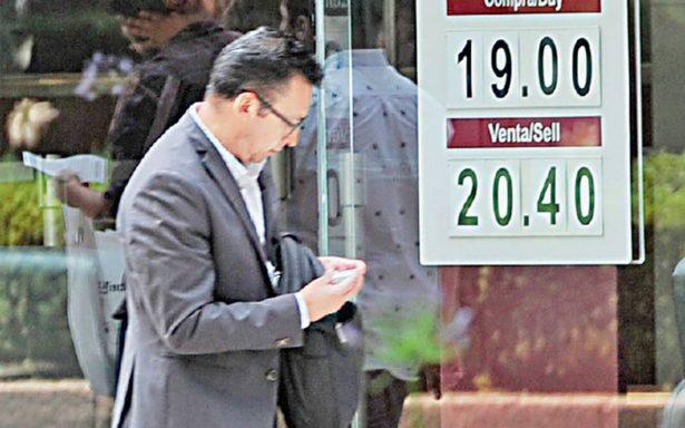 Dólar rompe récord; alcanza cotización de 20.40 pesos a la venta