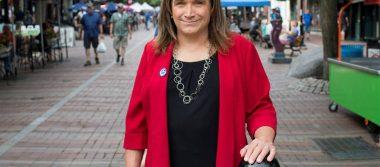 Mujer transgénero gana nominación histórica para gubernatura de Vermont, EU