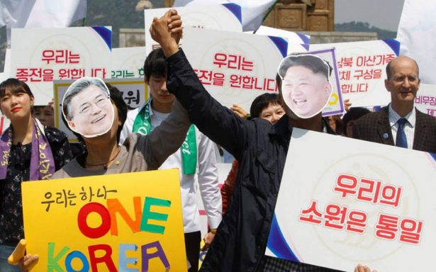 Surcoreanos, entre la esperanza e indiferencia por histórica cumbre Intercoreana