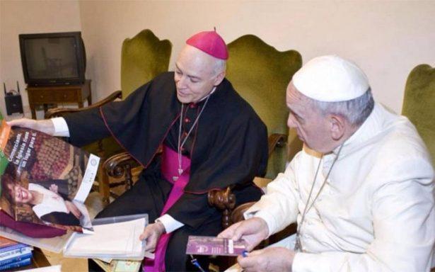 Papa Francisco recibe por primera vez al nuevo arzobispo de México