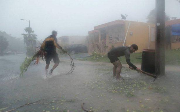 Macron visitará territorios franceses afectados por huracán Irma