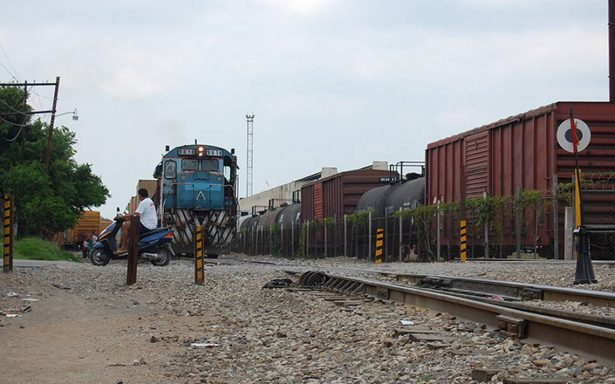 Suspenden tren a  Guadalajara