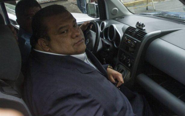 Tras escándalo sexual, Eruviel Ávila revive a Cuauhtémoc Gutiérrez