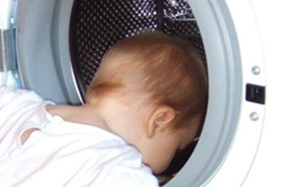 Hombre encierra en lavadora a su hijo de 3 años para tomarle una foto