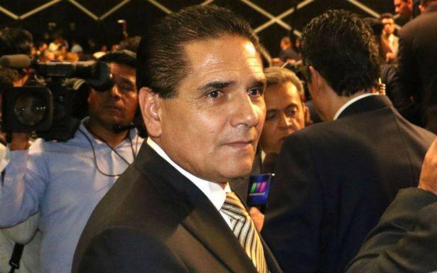 PRD inicia suspensión de derechos partidistas de Silvano Aureoles