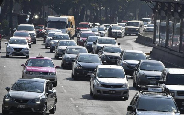 Autos con engomado rosa dejan de circular este martes