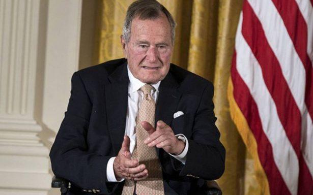 """George H. W. Bush llama """"fanfarrón"""" a Trump y confirma que votó por Clinton"""