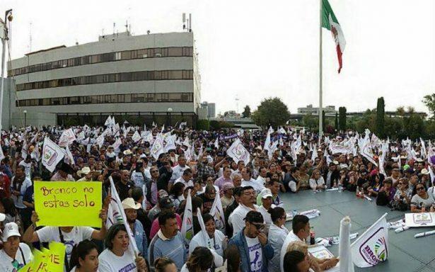 Sin cumplir con firmas, El Bronco solicita al INE el registro de candidatura independiente