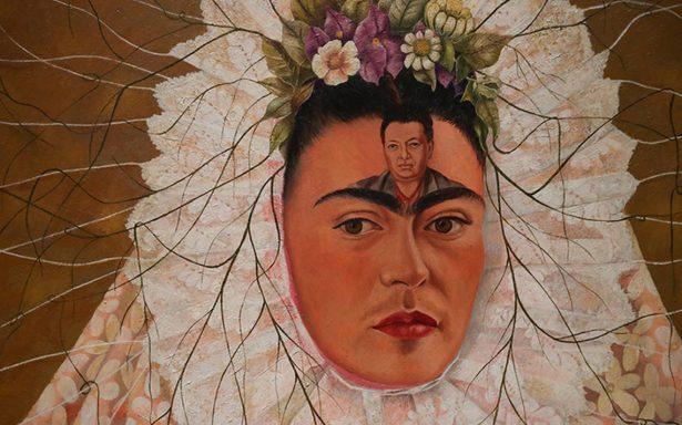 Guardarropa de Frida Kahlo llega a Londres en colorida exposición