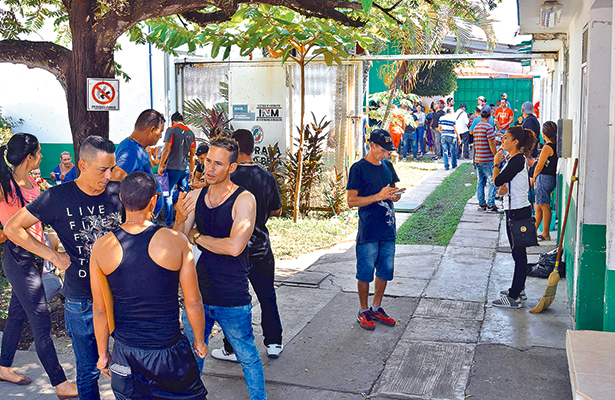 EL CENTRO de Dignificación Humana consideró que se deben ofrecer medidas precautorias a los cubanos, y a cualquier otro extranjero que se encuentre recluido en la Estación Migratoria Siglo XXI.