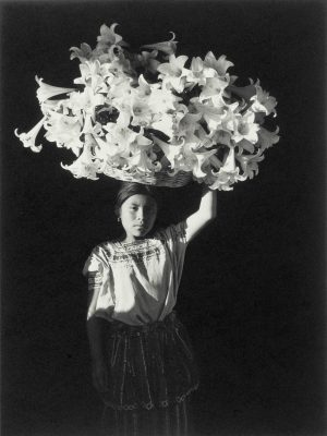 Fotógrafa Flor Garduño expone en Nueva York