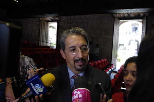 Necesario, descentralizar la educación superior: Medardo Serna