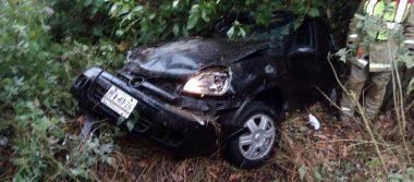 Vehículo cae del puente Cepamisa: dos menores y una mujer lesionados