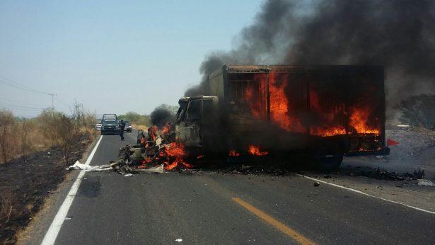 Michoacán arde por segundo día consecutivo