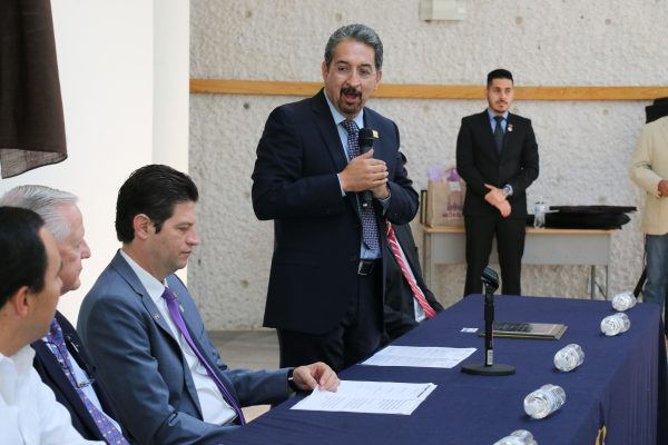 Llama rector a iniciar doble registro para ingreso a la UMSNH