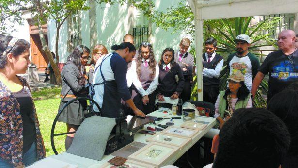 Saúl Corzo impartió taller gratuito de grabado en el MACAZ