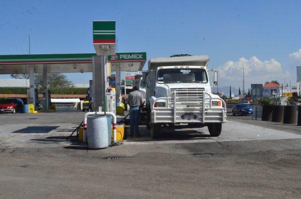 En noviembre, libres los gasolineros a importar