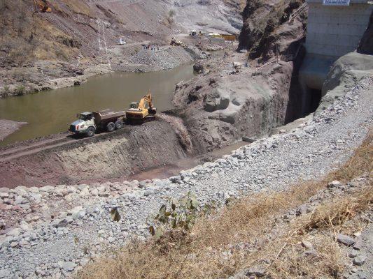 Presa J. Múgica sí es un importante beneficio para Michoacán: CEAGC