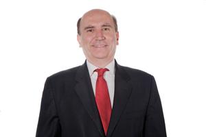 Regidor confronta al Secretario de Administración por inconsistencias en la nómina
