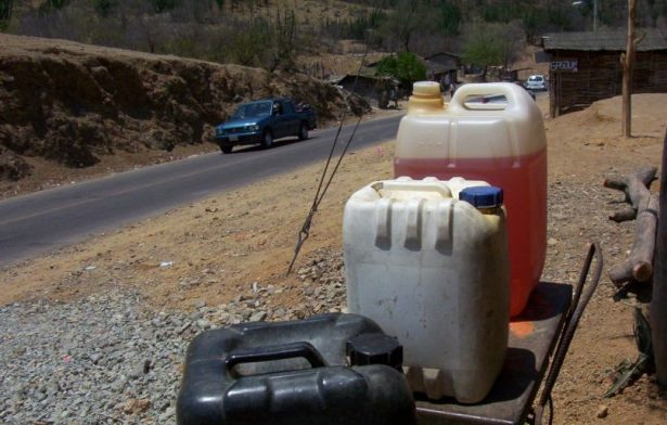 Mantener IEPS en combustibles elevaría precios hacia el 2018