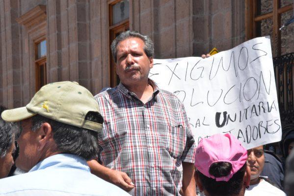 """Reubicados a """"Tu Plaza"""" bloquearon el Ayuntamiento"""