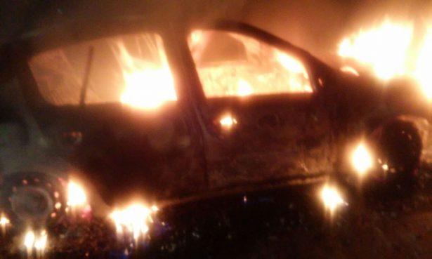 Localizan cuerpo calcinado en el interior de un vehículo en Tarímbaro