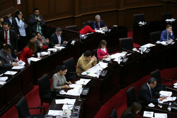 Fin a disputa; rindió protesta nuevo alcalde de Venustiano Carranza