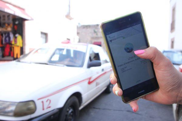 Ilegal, Uber, insisten diputados; llaman a Ejecutivo a evitar confrontaciones