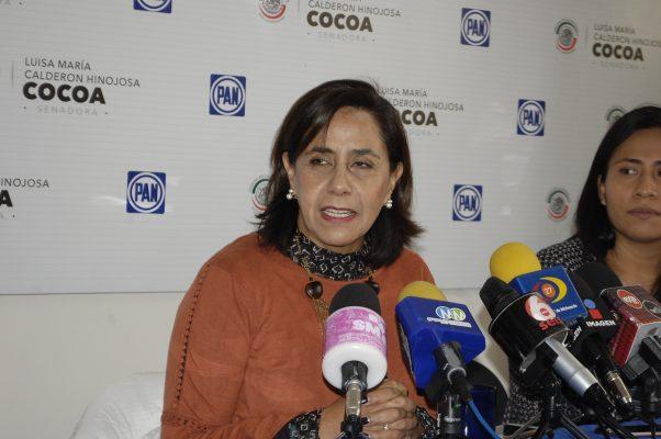Si es congruente, Cocoa debe renunciar a senaduría del PAN: Villanueva Cano