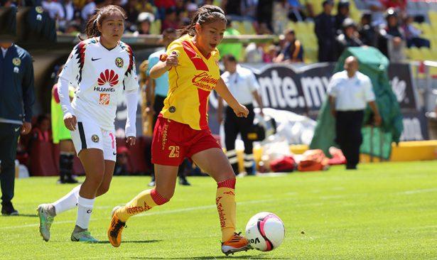 Monarcas femenil, futbol en pañales