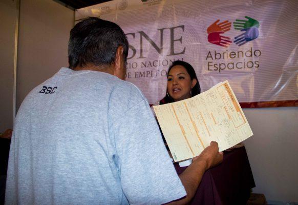 Michoacanos trabajan por cuenta propia