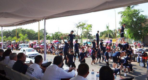 Conmemoran porteños la Revolución Mexicana