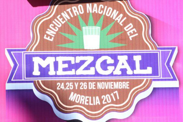 Mezcal michoacano, con distintivo nacional para comercialización
