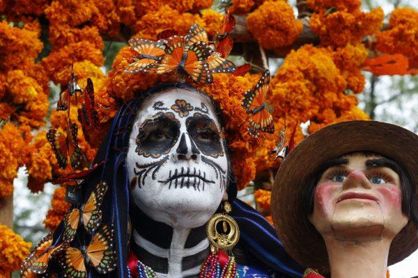 Galería: Tradiciones iluminaron el camino de regreso