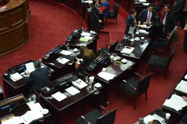 Frena Congreso crédito de mil mdp a Morelia para oficinas