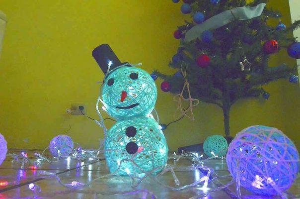 Duplican factura de electricidad las luces y adornos navideños