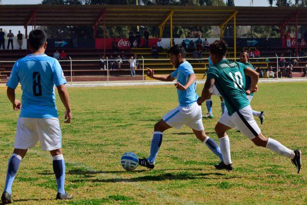 Independiente sigue en la cima