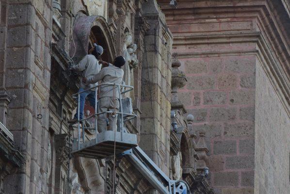 70% de avance en  iluminación de Catedral
