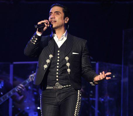Alejandro Fernández en Morelia