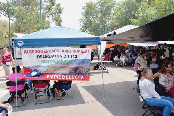 La CNTE no permite dignificar planteles